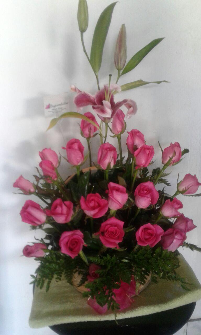 Rosas Para Regalar Floristeria Bugambilias San Salvador El Salvador
